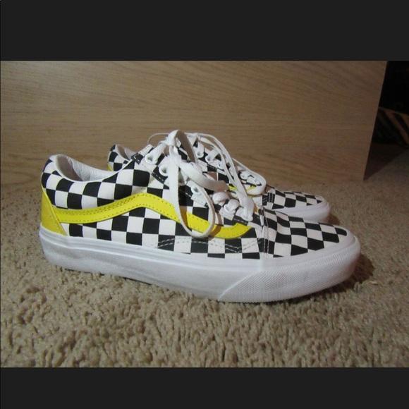 3194506519e custom yellow and black vans. M_5ad14a8cc9fcdf0c51b4b4fe